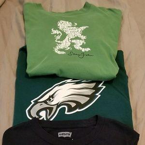 Levi's Shirts & Tops - T shirt bundle